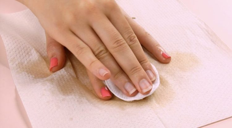 solvente unghie fai da te